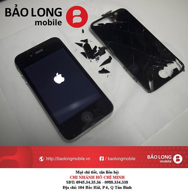Xin hỏi địa chỉ giải quyết lỗi cảm ứng iPhone 4 chính hãng ở TP.HCM